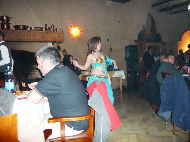 Animación con bailarina incluida